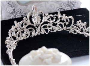 The Plenty of Beautiful Ornament With the Special Quality Designs on Silver